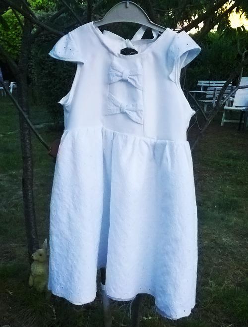robe de baptême vue de devant cousue par Audrey Dugas du Villard, Daudrouse